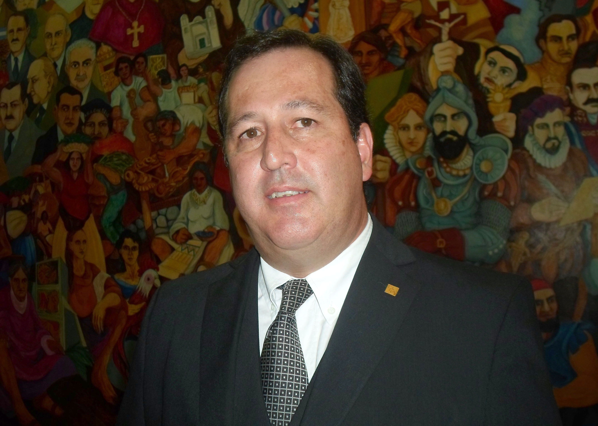 Alejandro Snopek gestiona medidas para la producción jujeña
