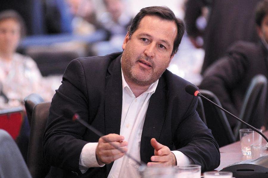 Alejandro Snopek presentó proyecto para la promoción y el desarrollo de las Economías Regionales del país