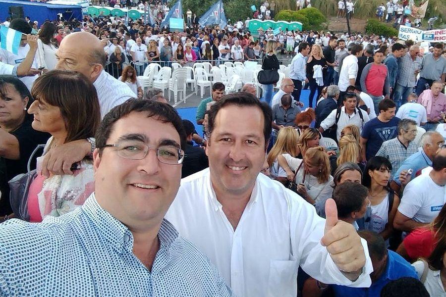 """""""Unión Por Jujuy"""" presente en el lanzamiento de Alternativa federal en Mar del Plata"""